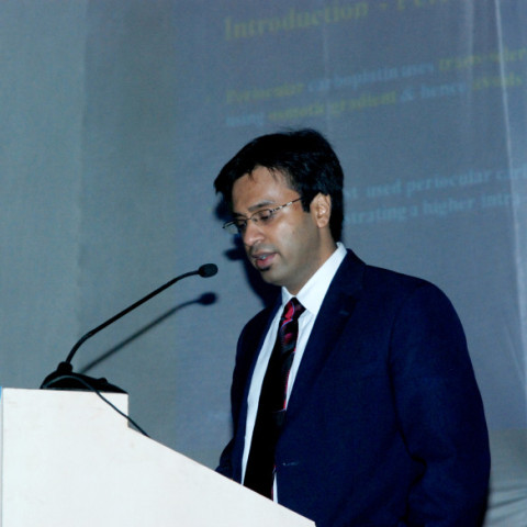 Dr. Debraj Shome delivering Keynote Address at All India Ophthalmological Society Meeting at Ahmedabad, India, 2011